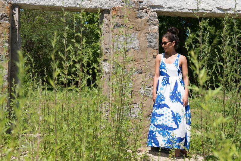 blue and white dress 12.jpg