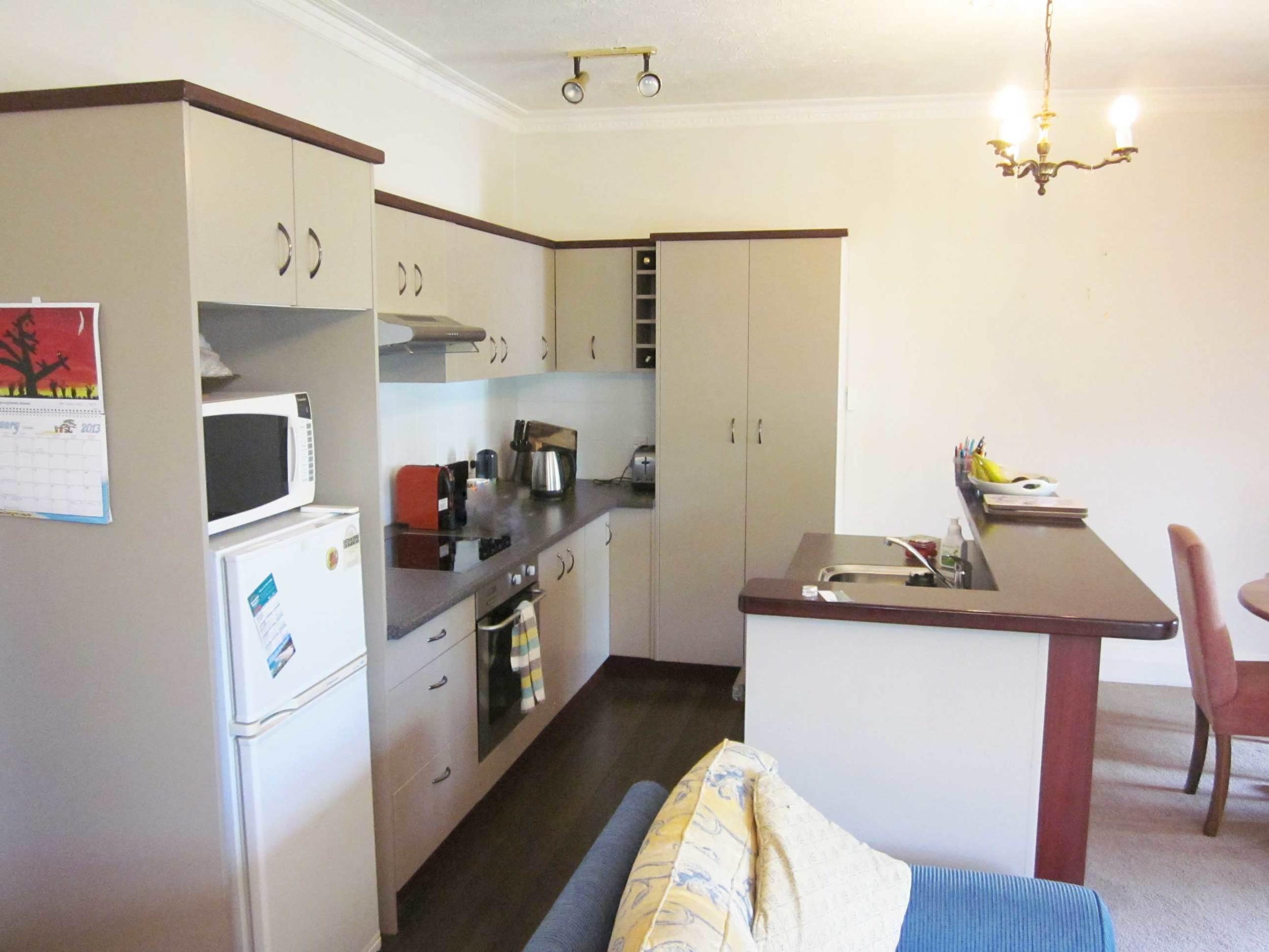 Apartment-Kitchen.jpg