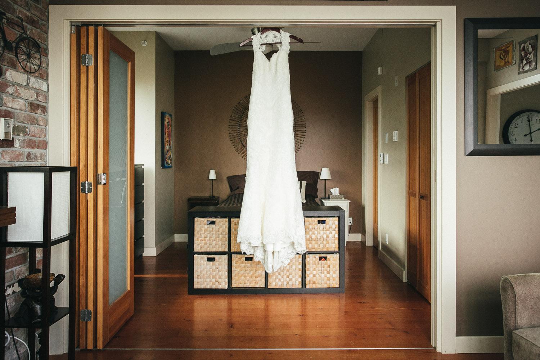 wedding dress vancouver jewish wedding photography noyo creative