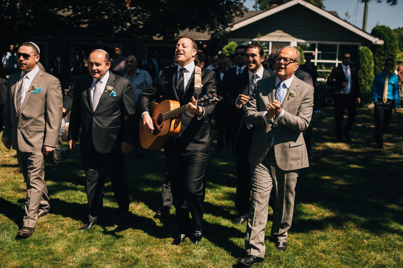 vancouver jewish groom bedeken wedding photographer noyo creative