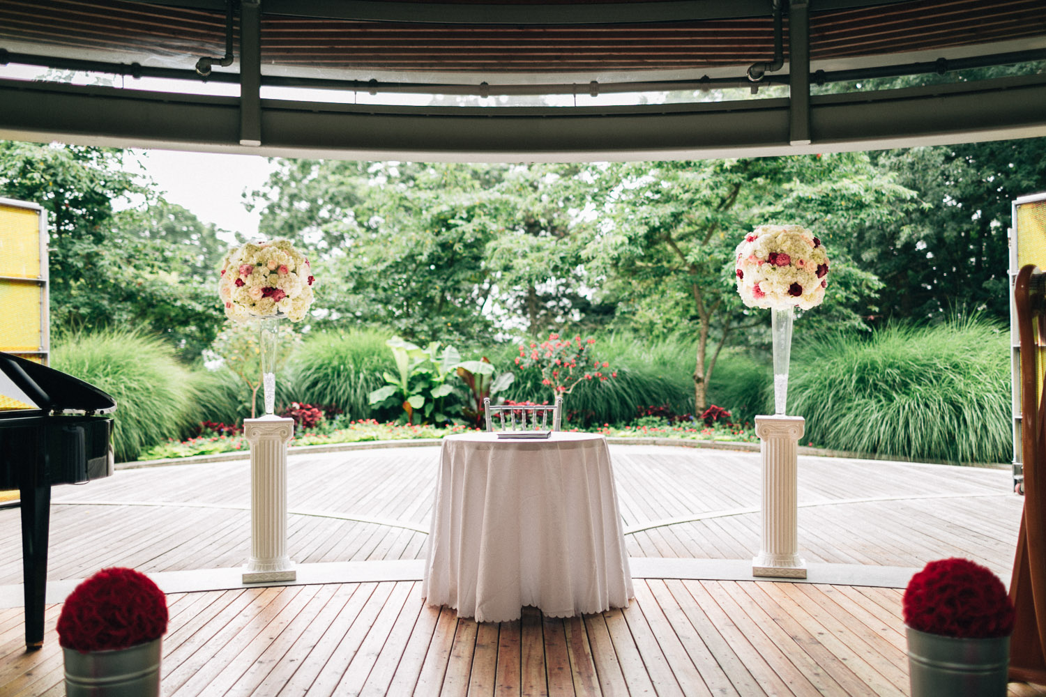 queen elizabeth park pavilion vancouver wedding photographer noyo creative
