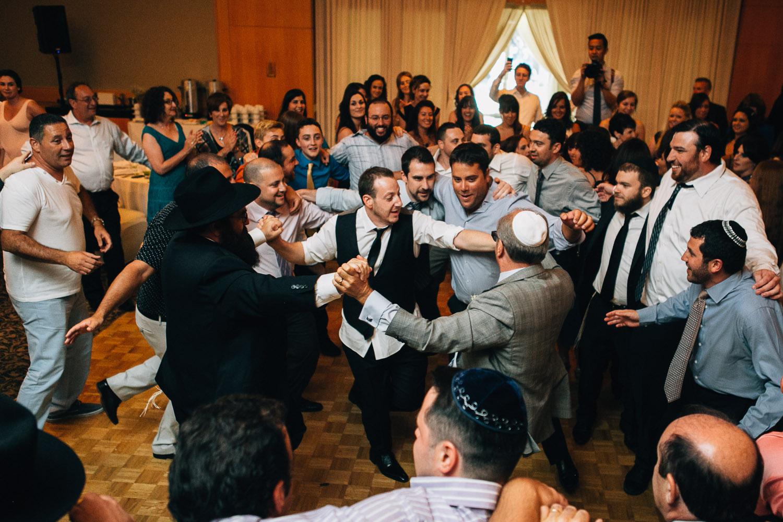 hora celebration jewish wedding photography noyo creative