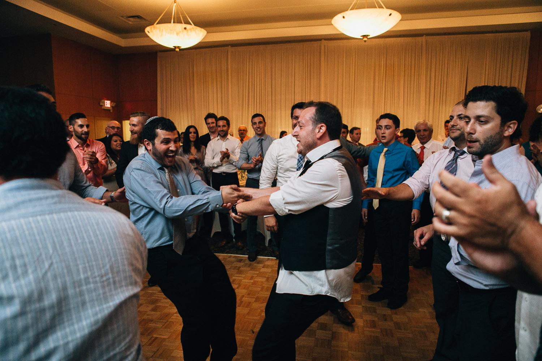 hora jewish vancouver wedding photographer noyo creative