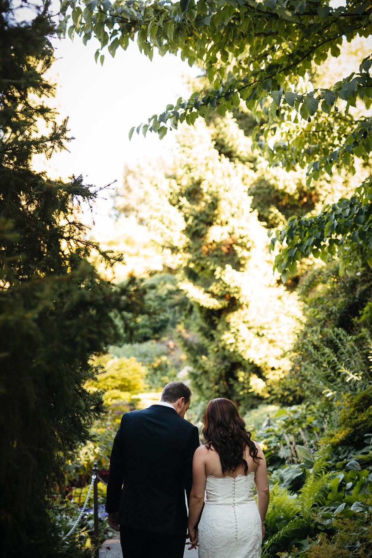 queen elizabeth park vancouver wedding photography