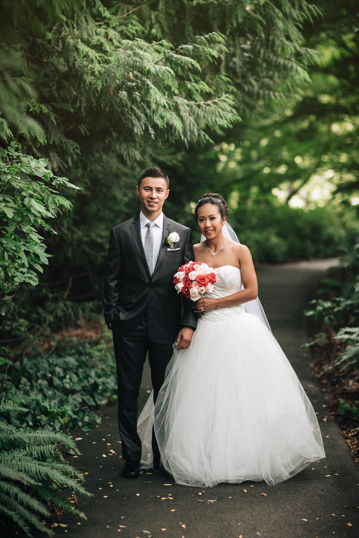 queen elizabeth park vancouver wedding photography noyo creative