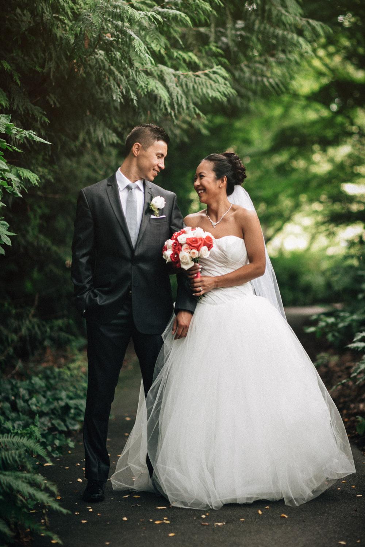vancouver wedding photography queen elizabeth park pavilion