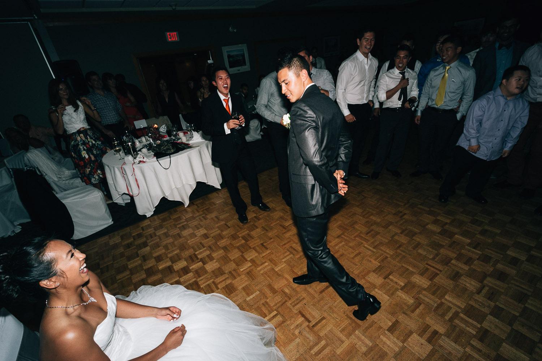 marine drive golf course wedding photographer vancouver noyo creative