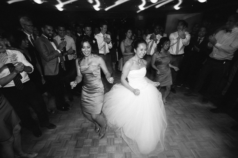 vancouver wedding photographer noyo creative