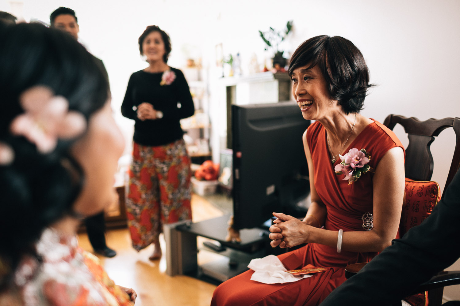 tea ceremony vancouver wedding photographers