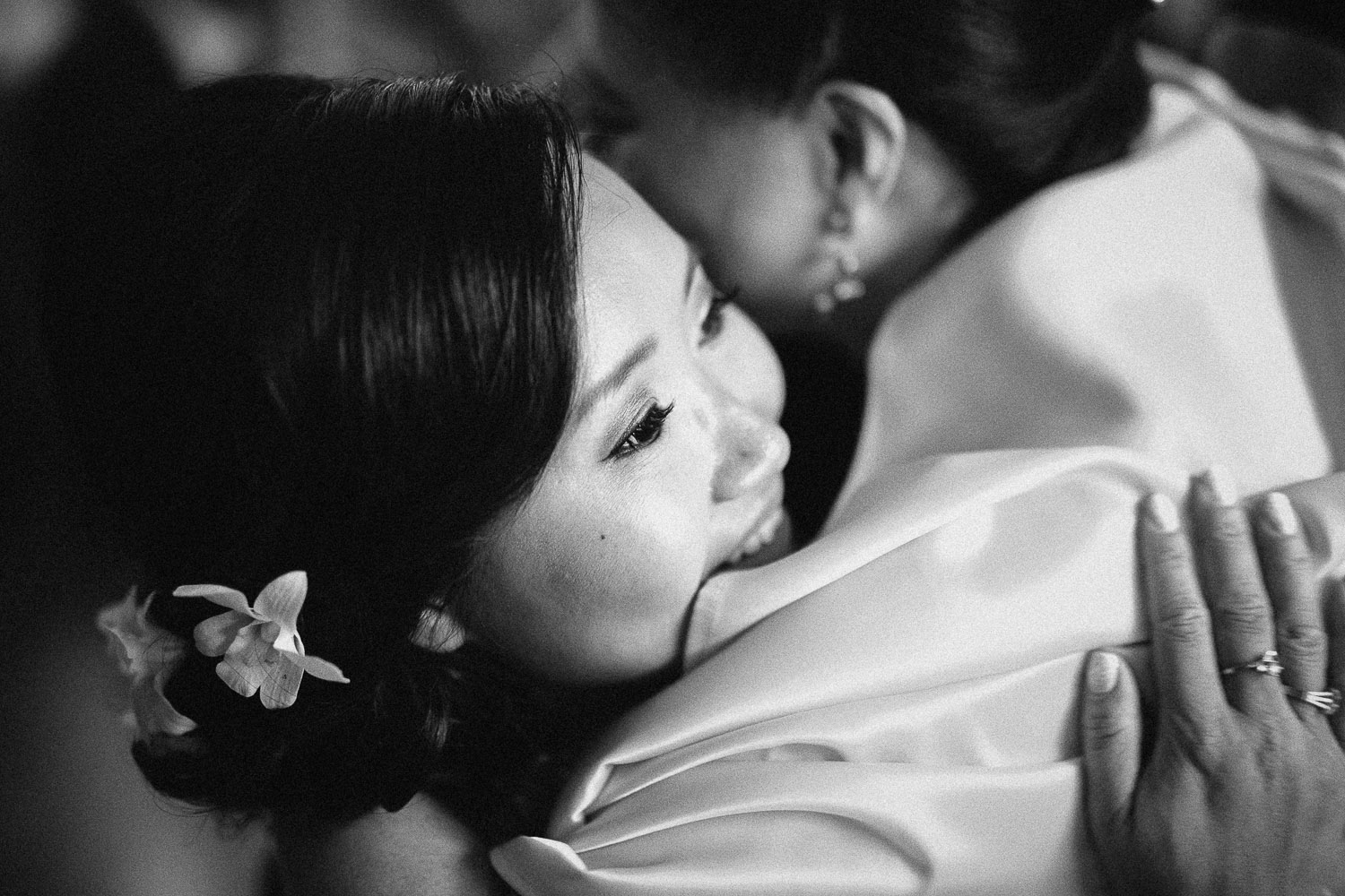 tea ceremony vancouver wedding photographer