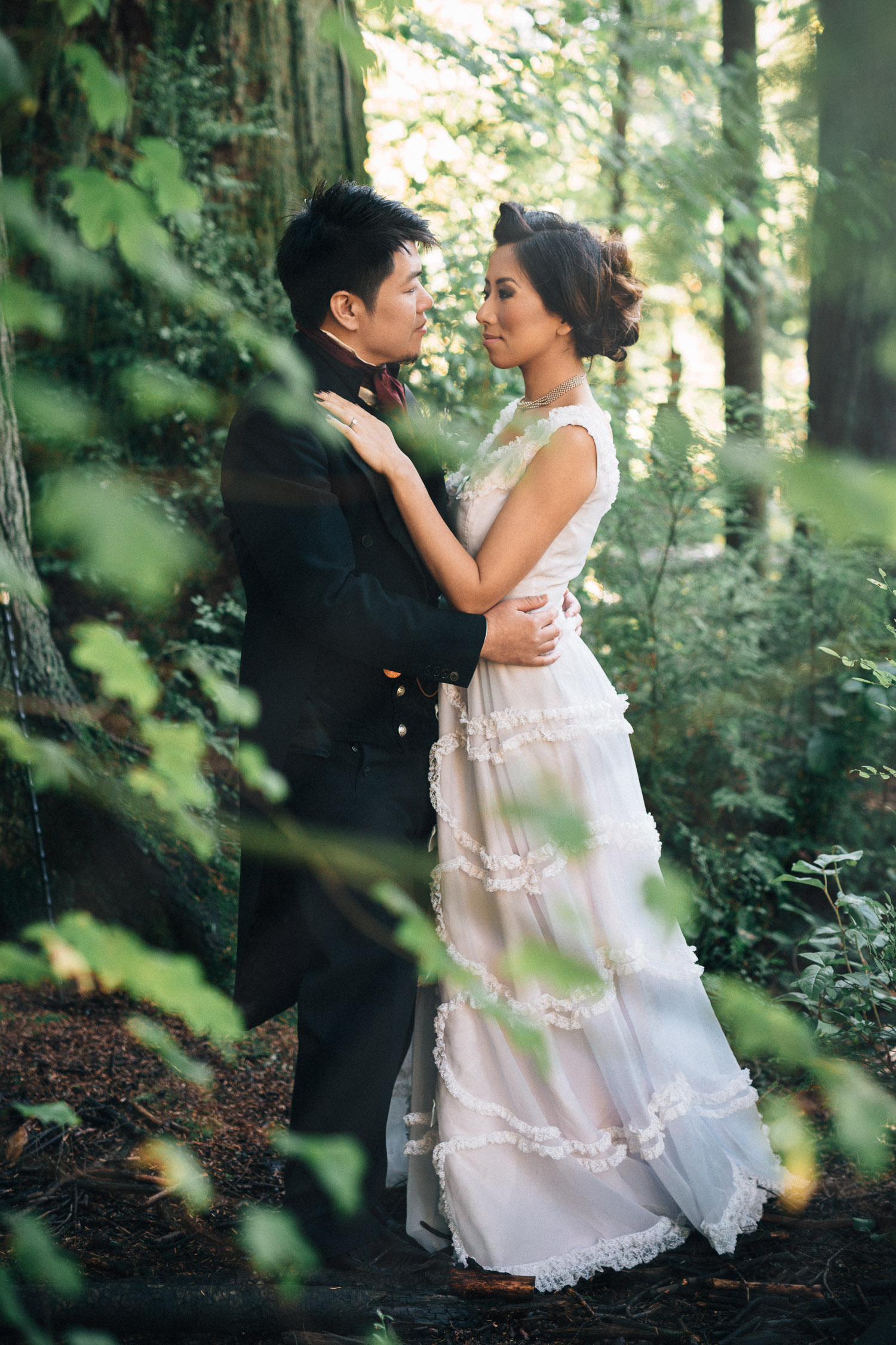 vancouver wedding photographer stanley park beaver lake noyo creative