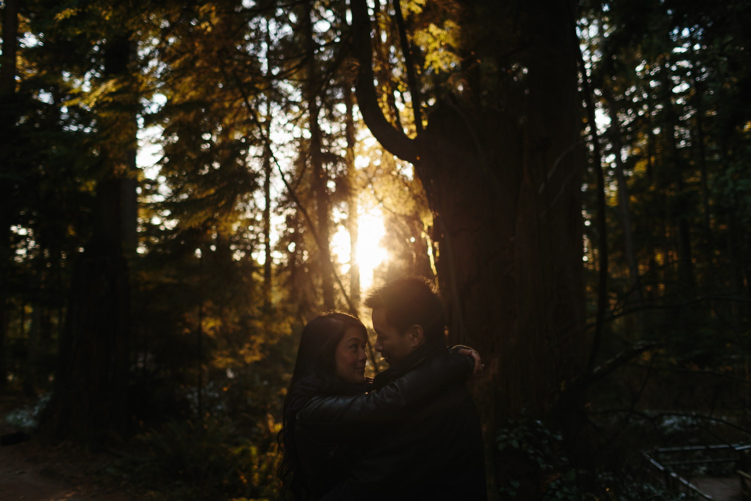 engagement photography in vancouver at stanley park