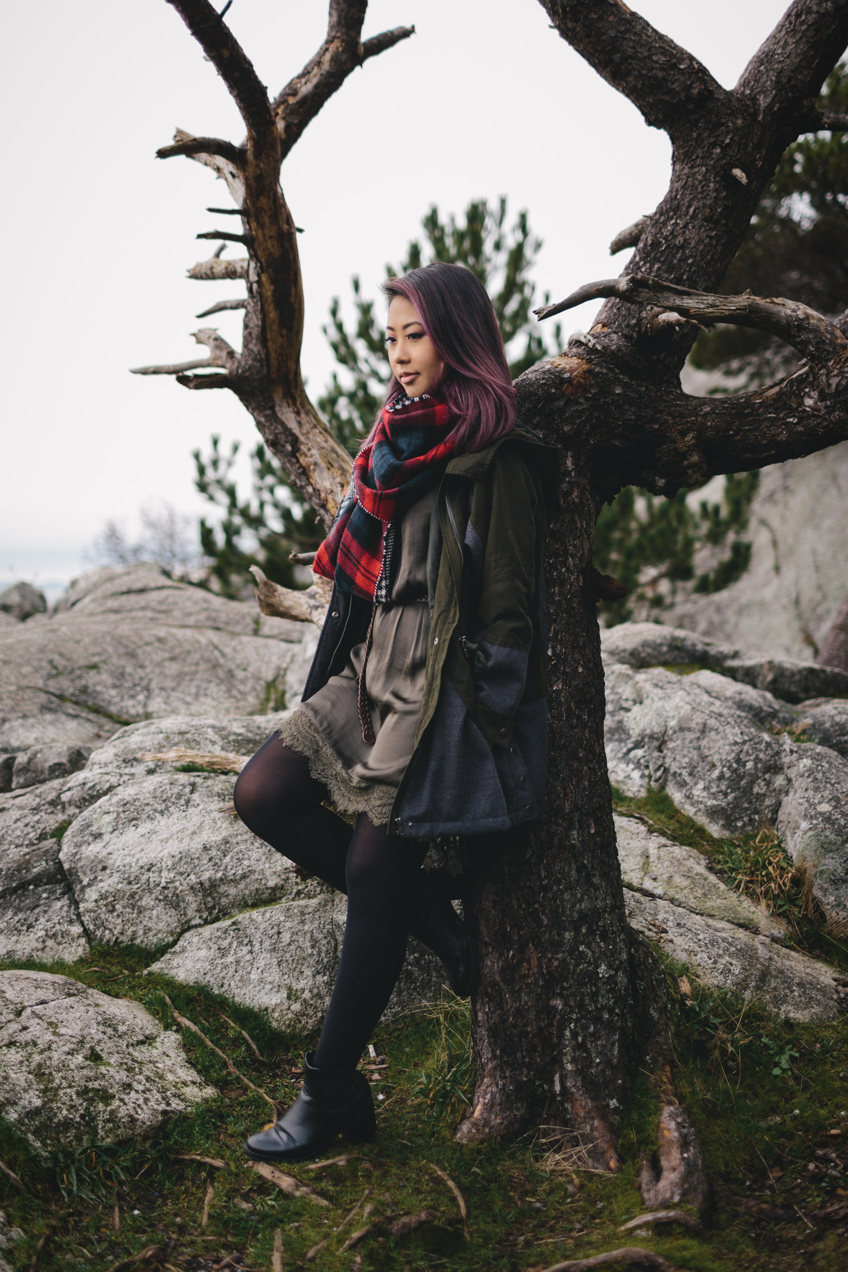 vancouver portrait photography of Tien Nguyen at Whytecliff Park