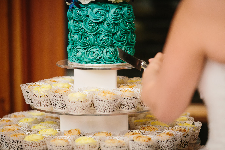 wedding cake closeupcoquitlam wedding photography