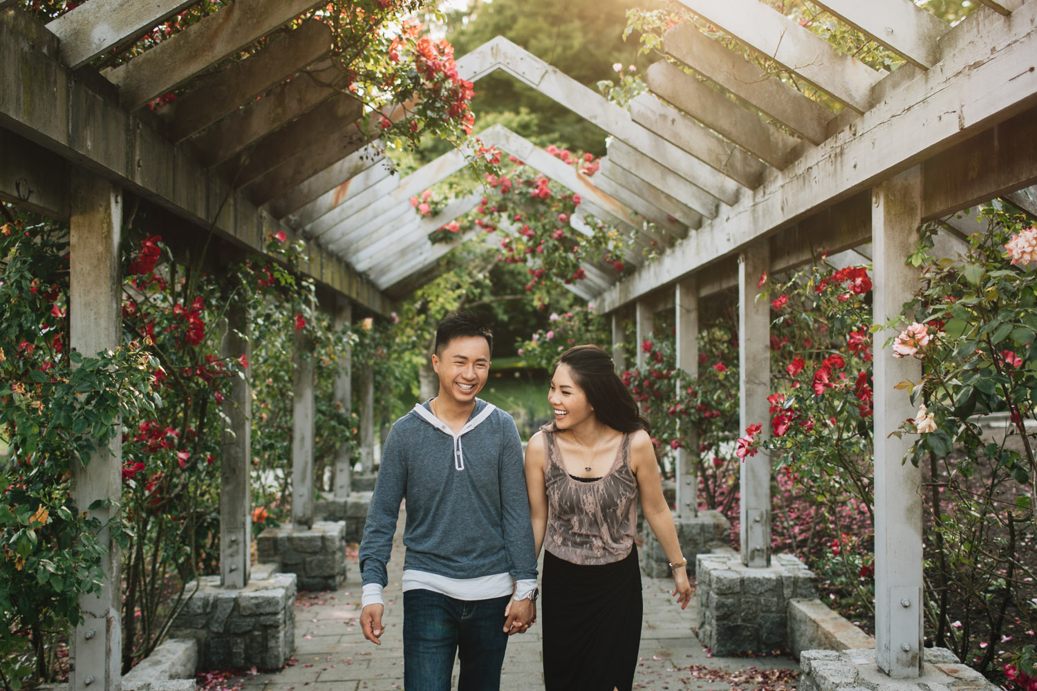 vancouver candid photography lifestyle rose garden