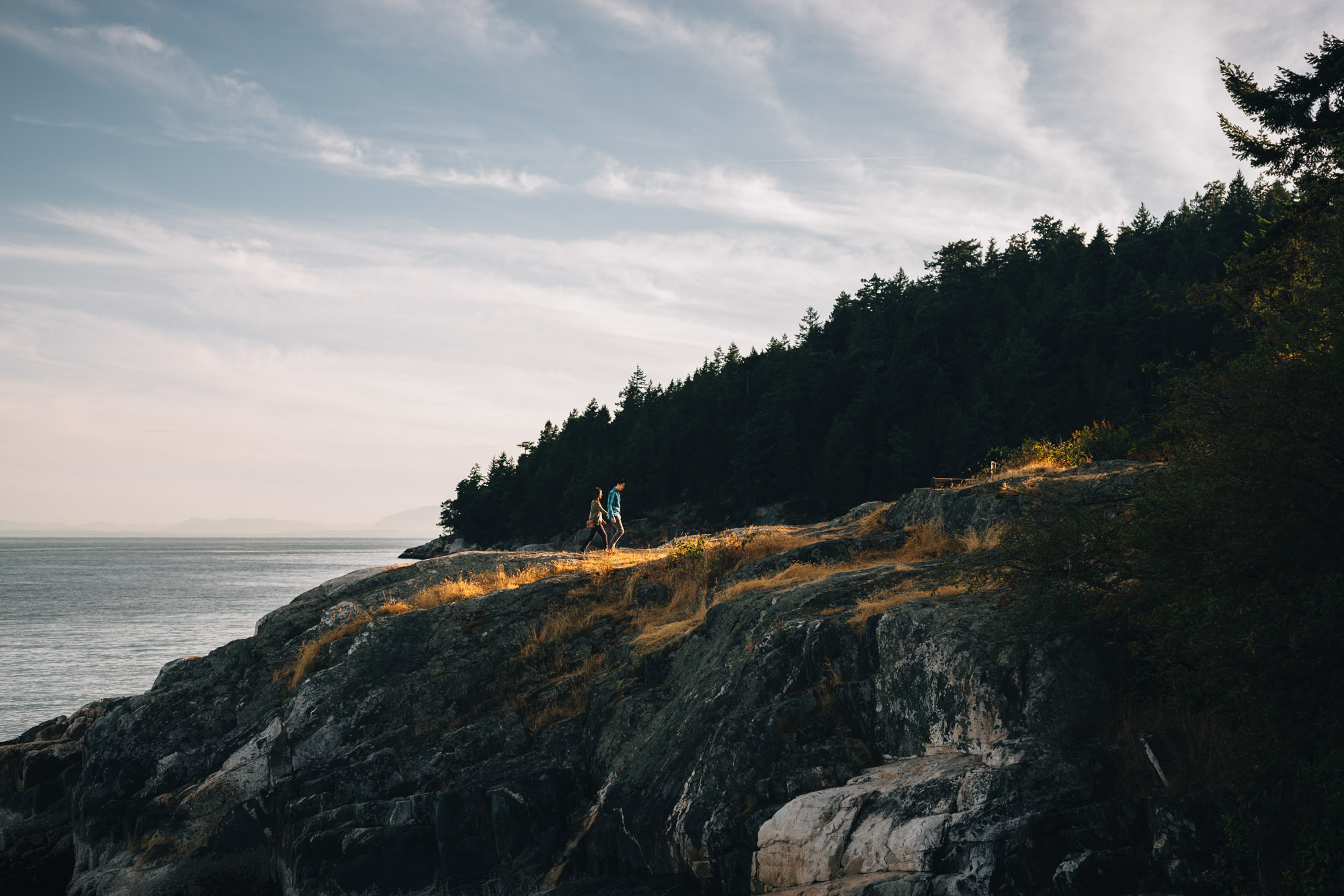 caulfield park engagement photography in west vancouver with mytyl and vincent chow