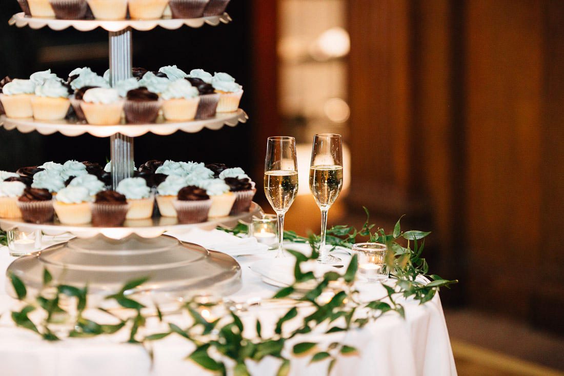 champagne flutes wedding cake at the vancouver club in coal harbour reception photography