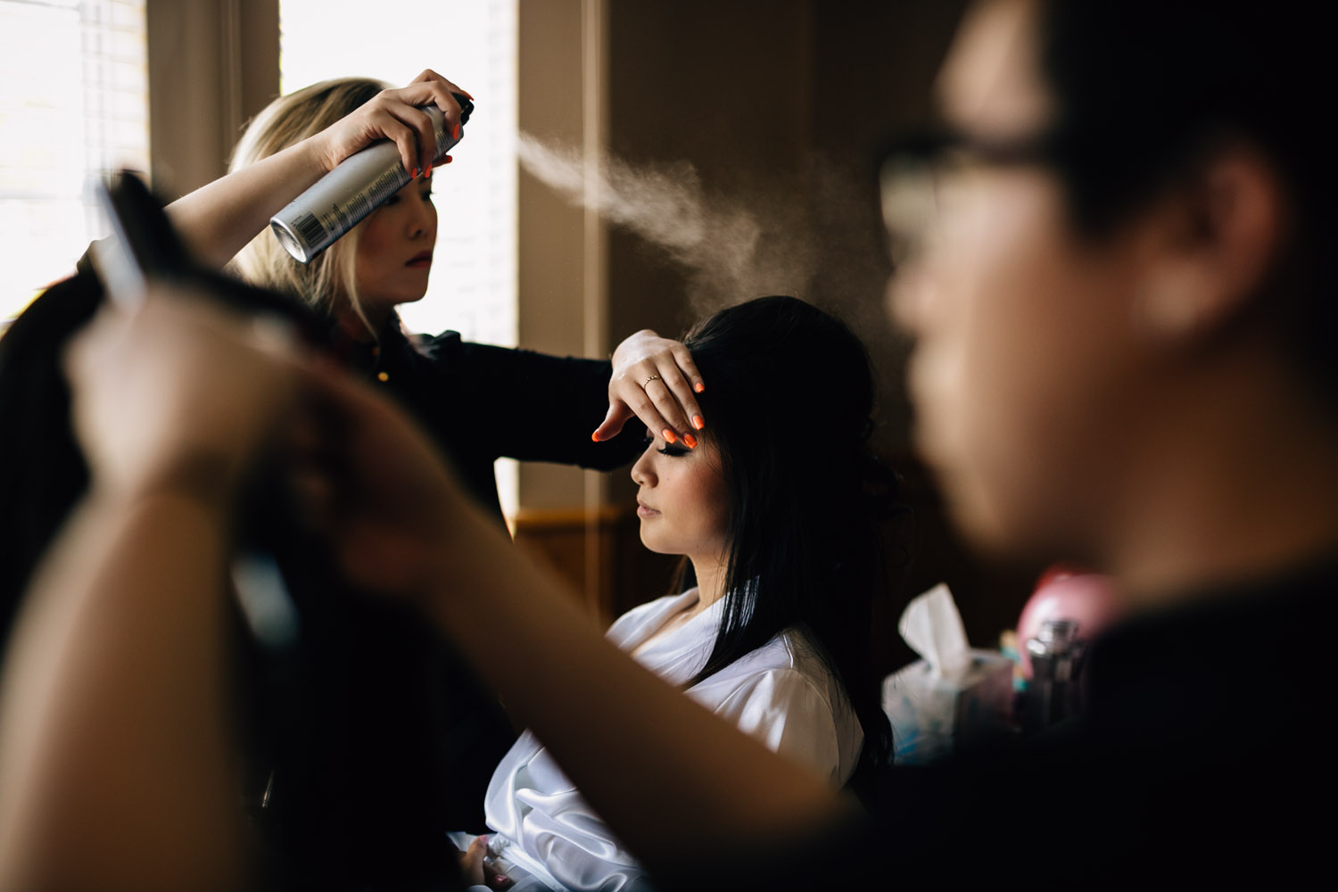bride getting ready in vancouver for wedding
