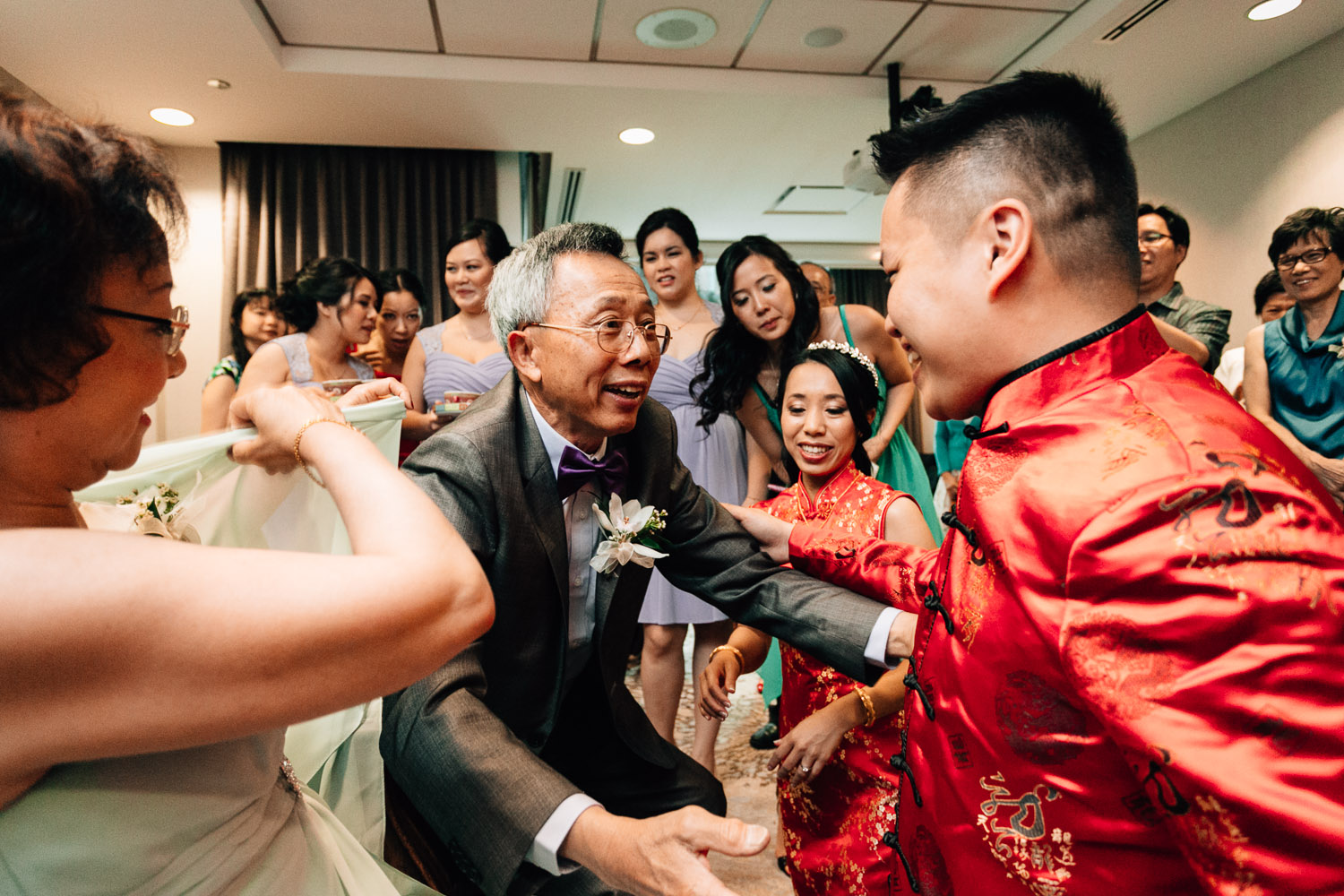 vancouver chinese wedding photography tea ceremony