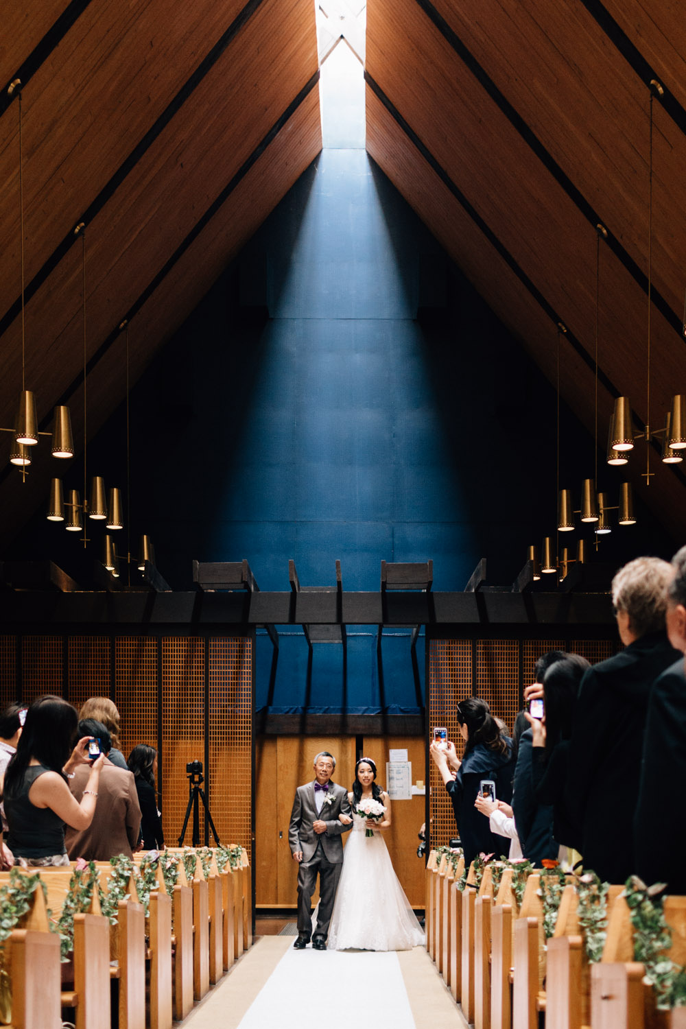 father and daughter walk down aisle vancouver wedding photography redeemer lutheran church