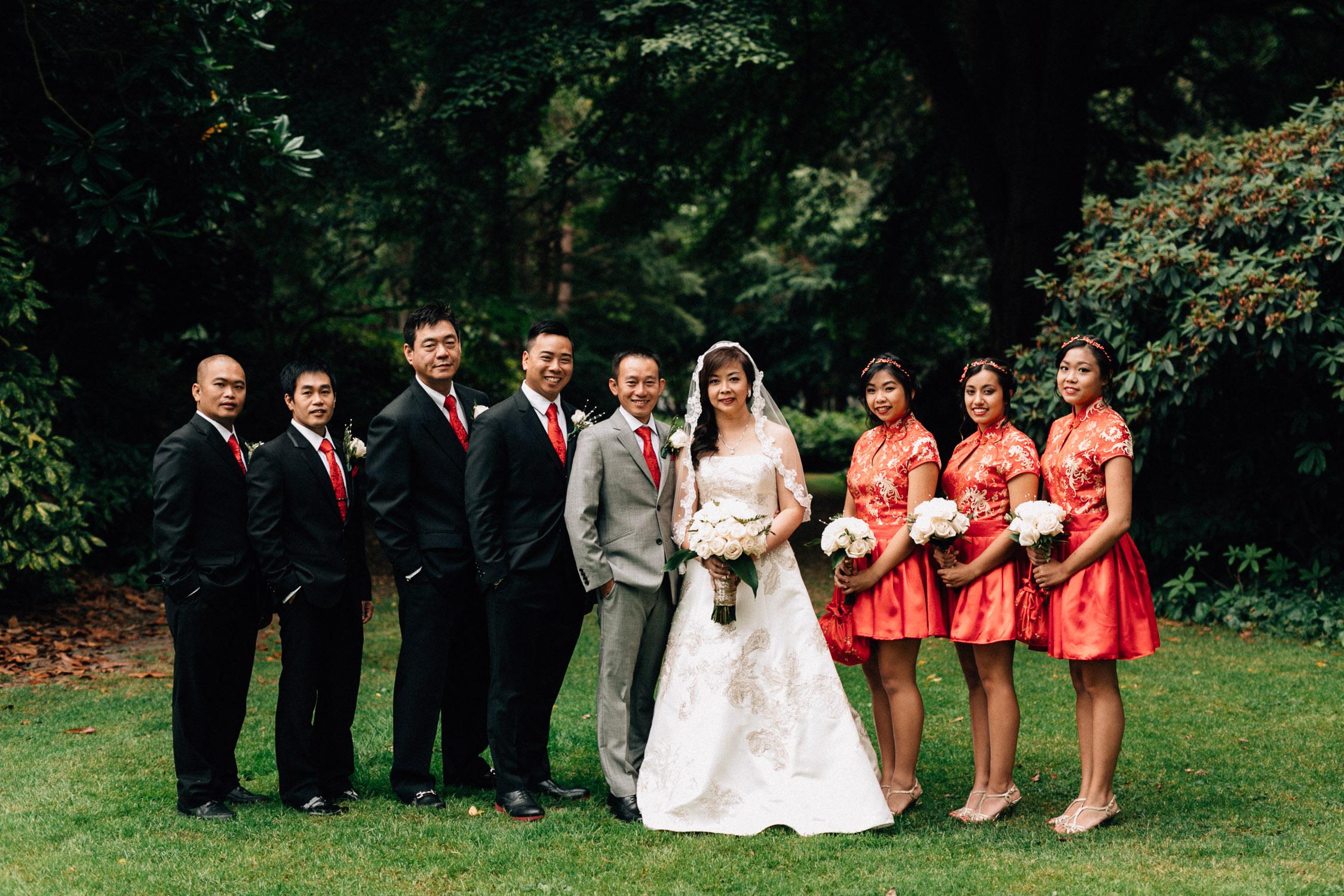 bridal party at minoru park in richmond wedding photography