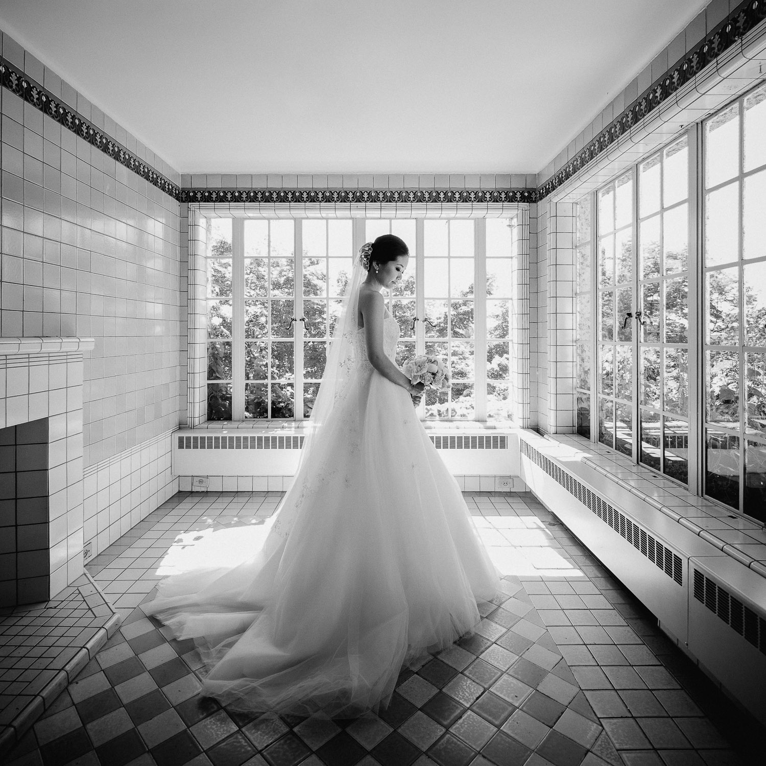 hycroft manor vancouver wedding photography bride portrait in black and white vsco