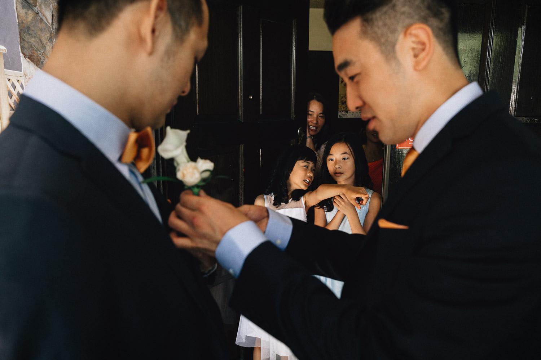 vancouver wedding photographer groom and groomsman