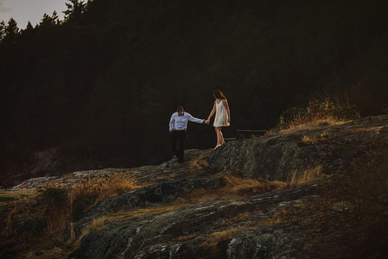 west vancouver engagement photography caulfield park