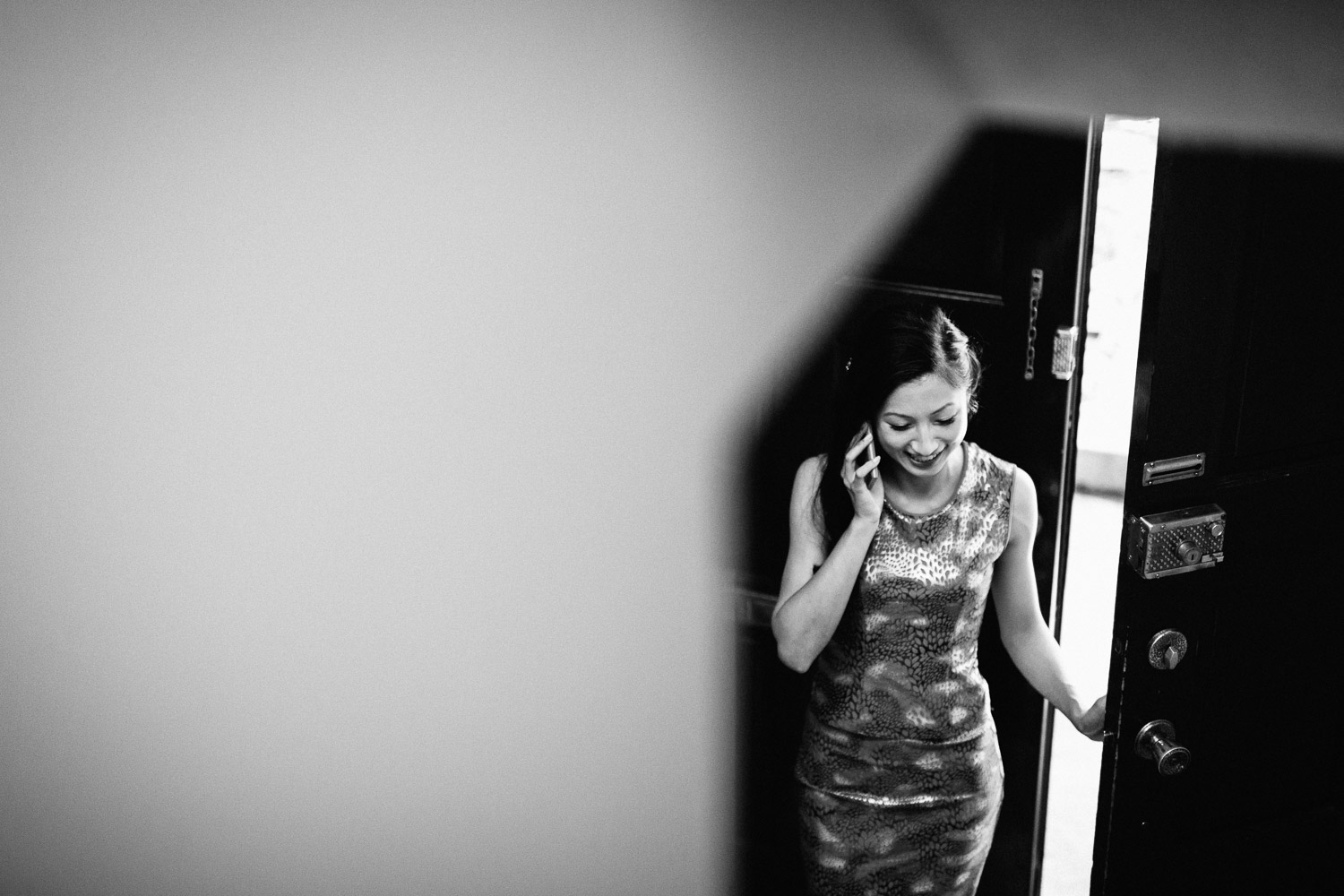 vancouver wedding photographer bride getting ready