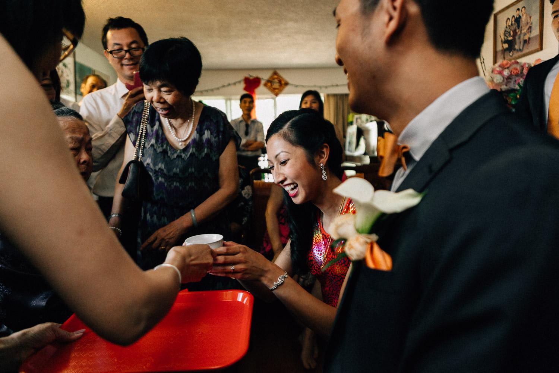vancouver wedding photographer chinese tea ceremony