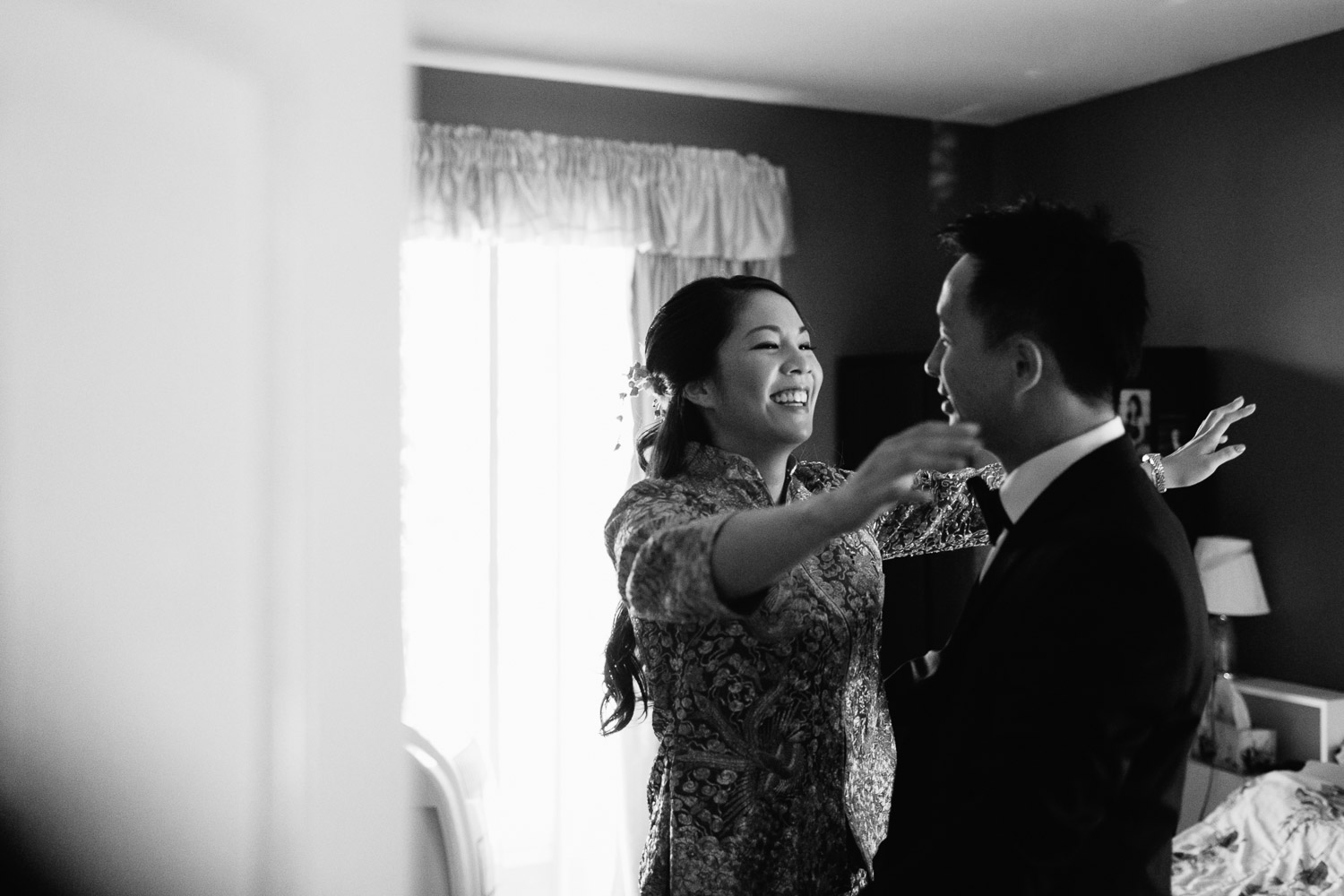 chinese groom meeting bride after door games vancouver wedding photographer