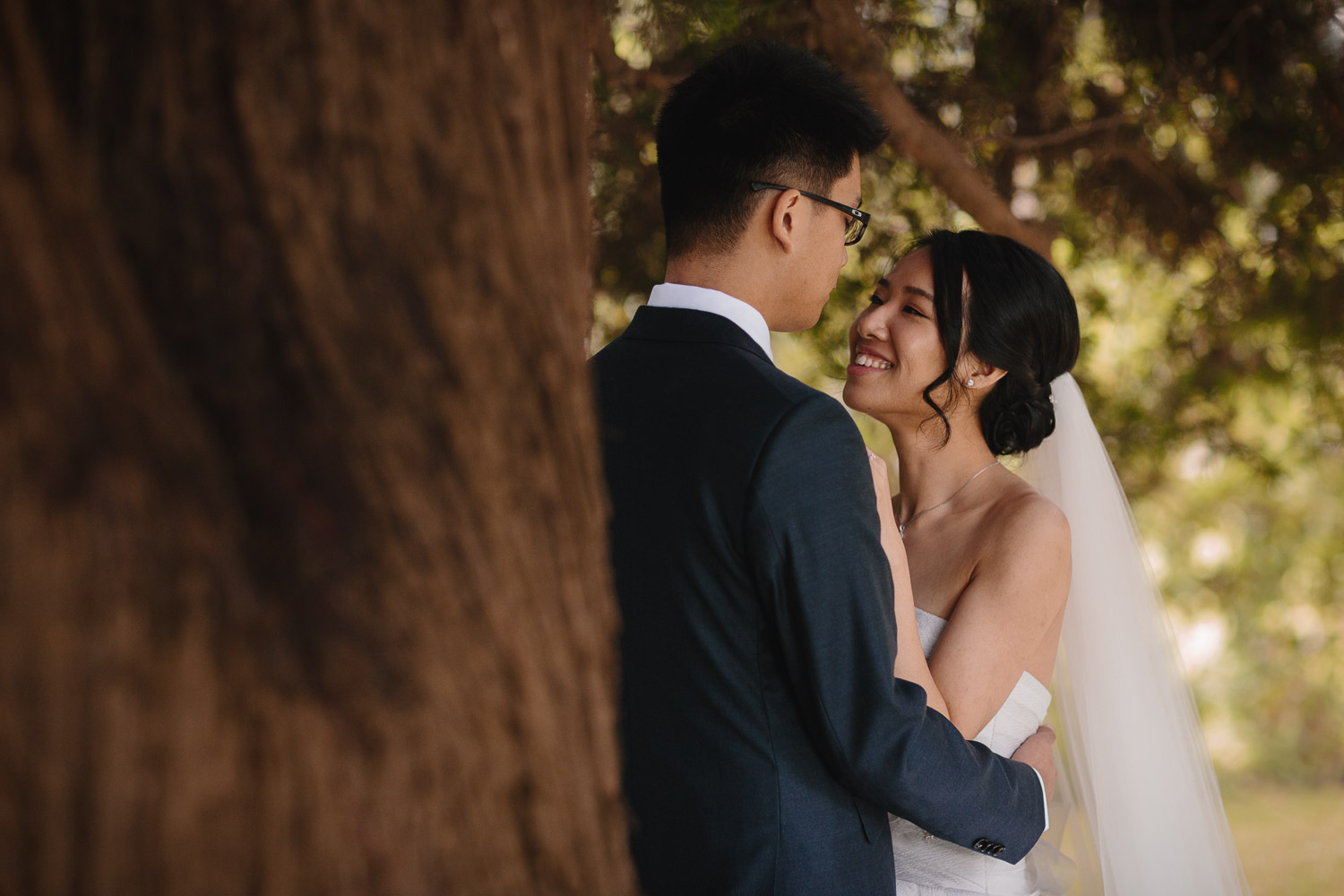 wedding photography at brockhouse restaurant in vancouver bc