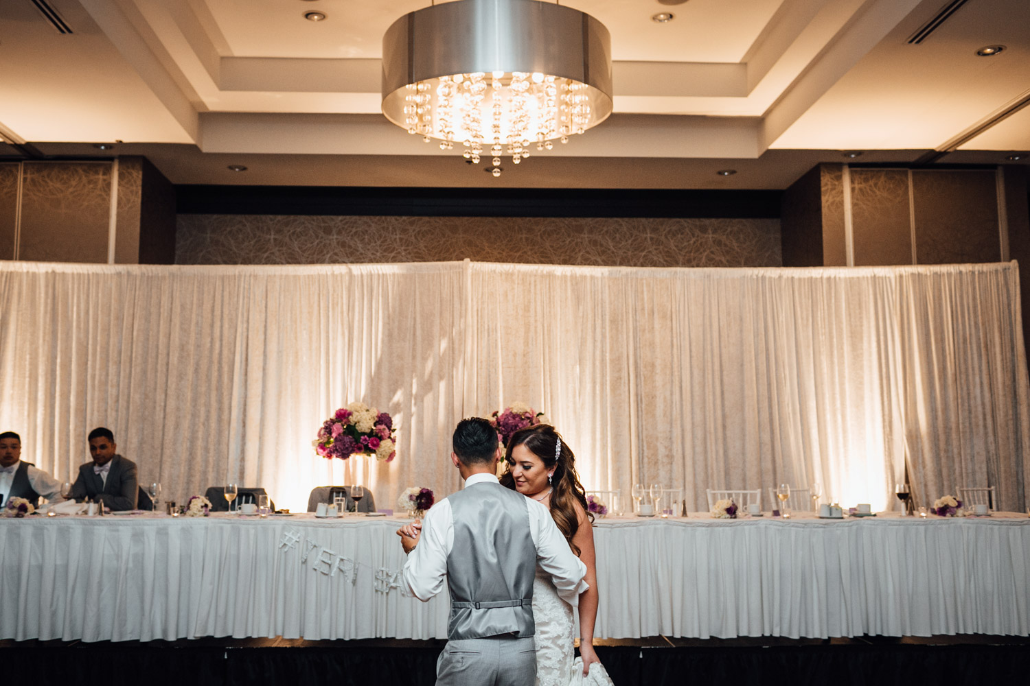 pinnacle at the pier reception wedding photography first dance