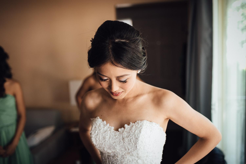 vancouver wedding photography bride and bridesmaids