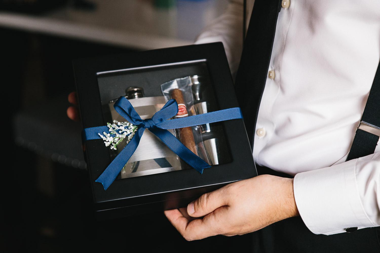 groosmen gifts richmond wedding photography