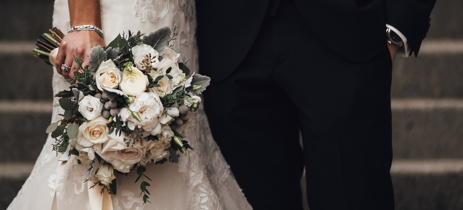 wedding flowers bouquet photography at swaneset