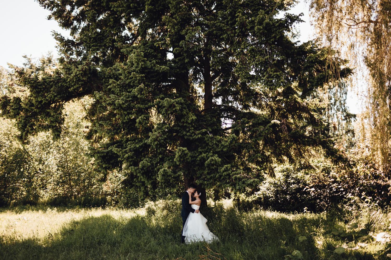 richmond wedding photography terra nova park bride and groom portrait vsco