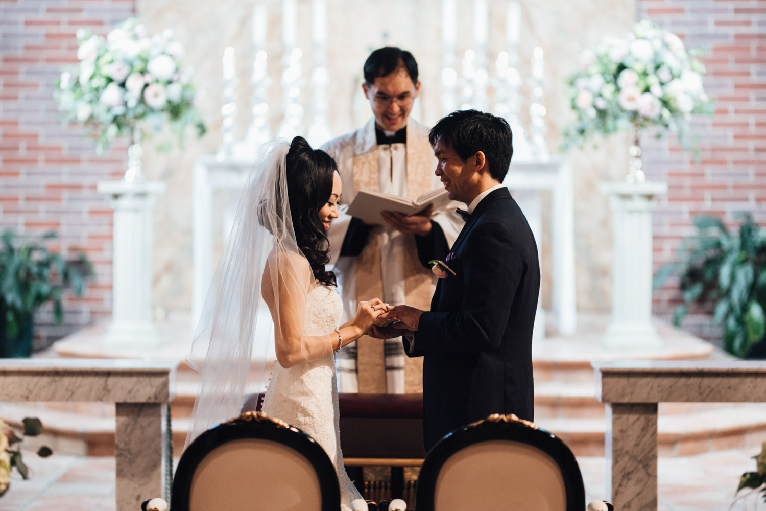 Vancouver wedding photography ceremony at st. anthony's parish