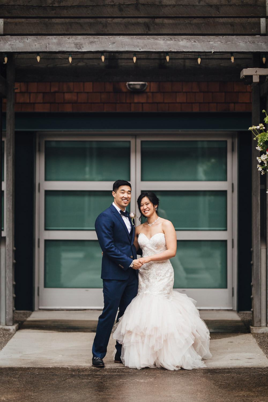 bridal-party-rain-wedding-photographydeer-lake-park-burnaby
