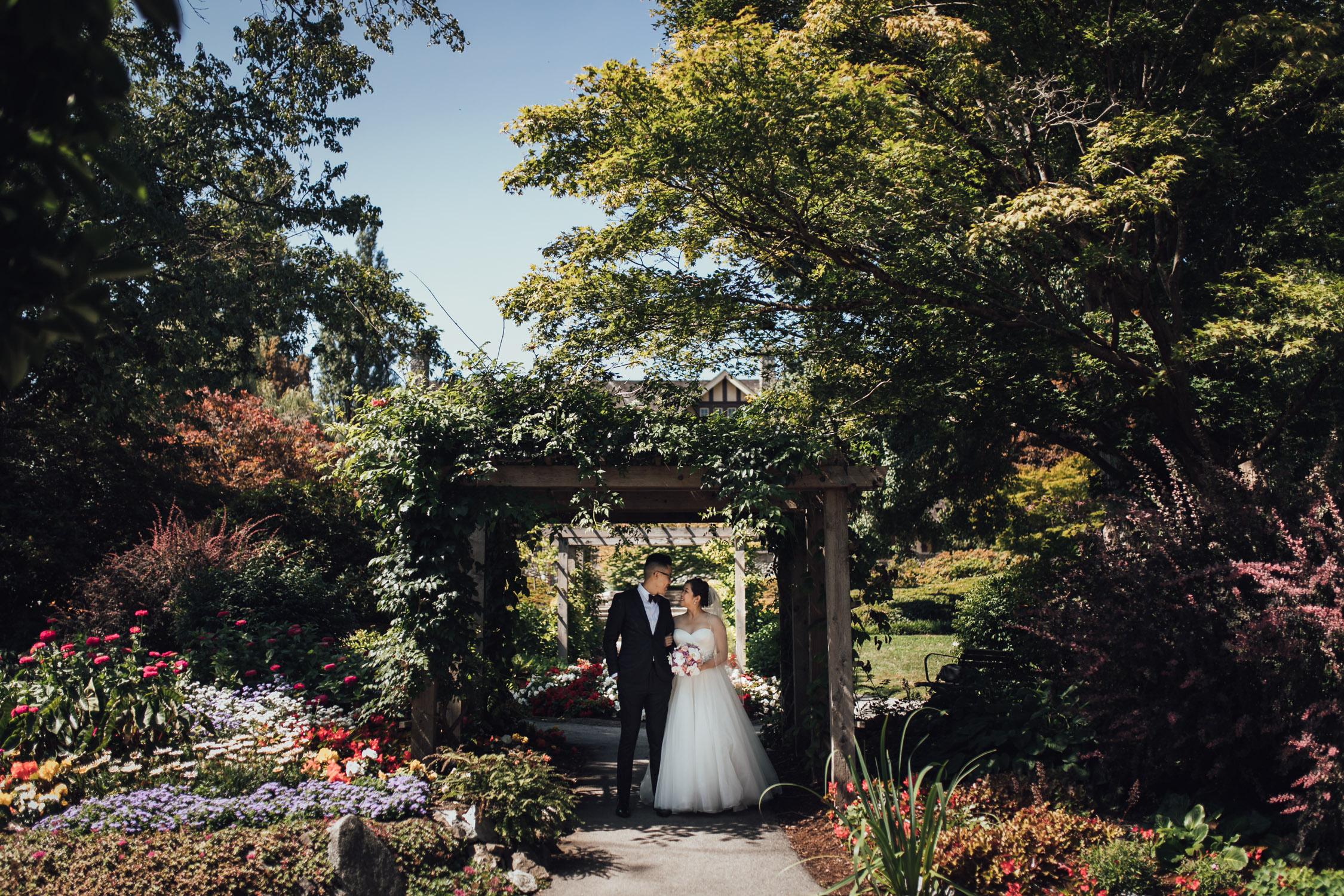 deer lake park burnaby wedding photography portraits