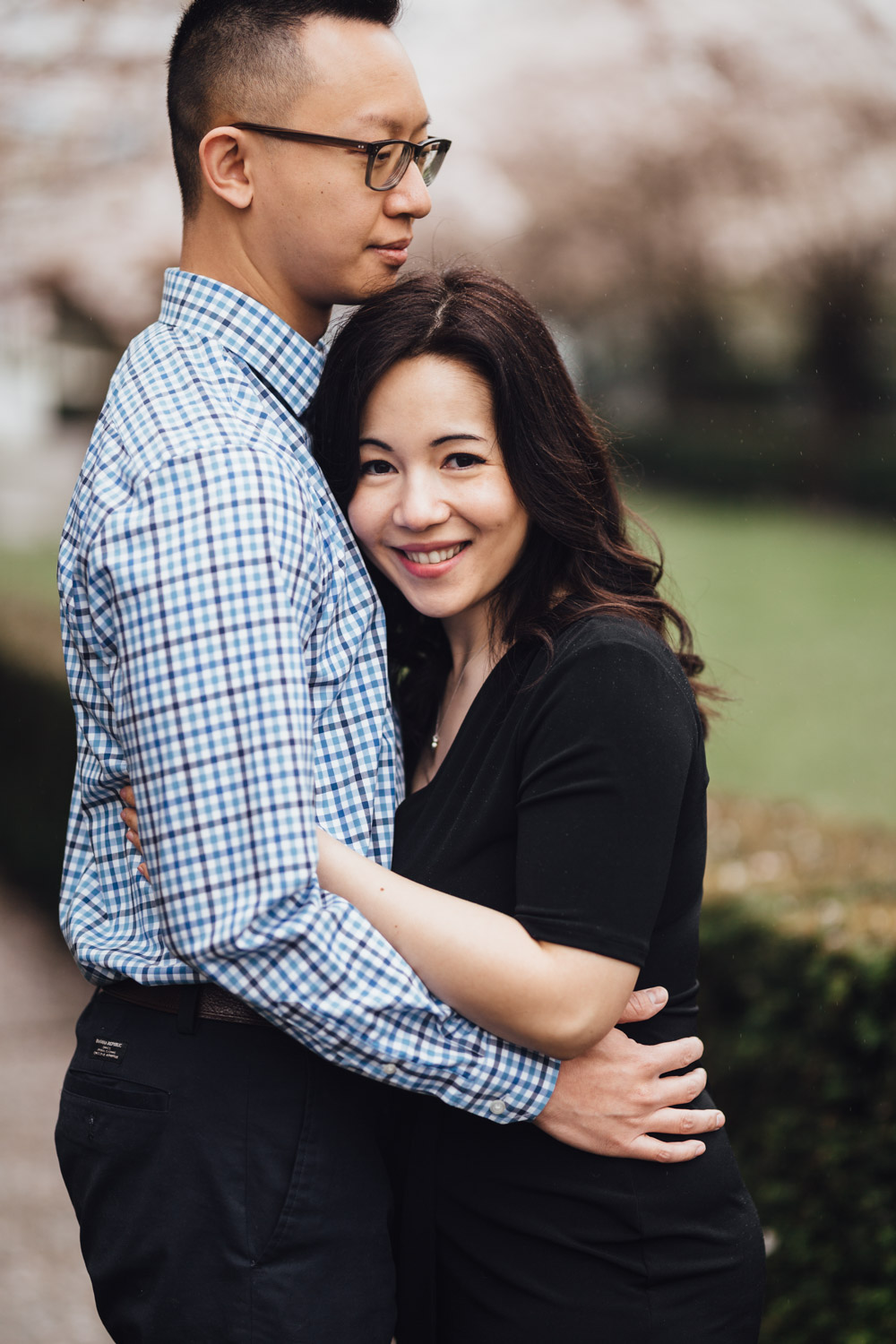 vancouver engagement photography cherry blossoms