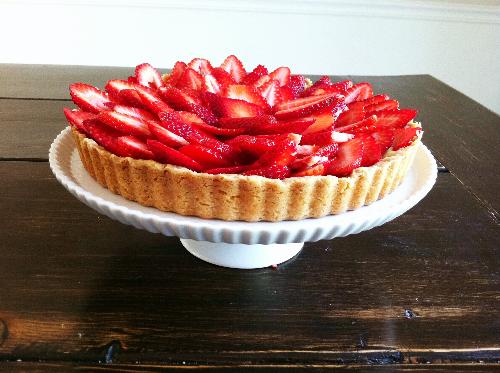 fruit tart with almond pastry cream | hello, sweetie!