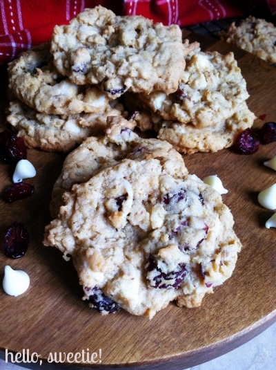 white chocolate & cranberry oatmeal coconut cookies