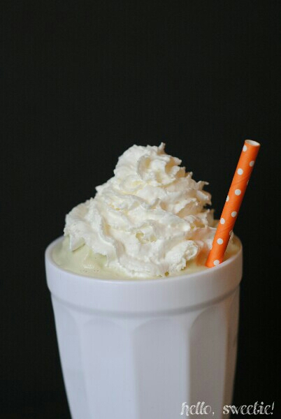 add green color & cherry, if you like, but I'm a but of a purist when it comes to this boozy shake!