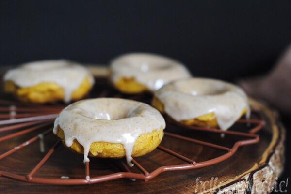 baked pumpkin spice donuts with maple cinnamon glaze