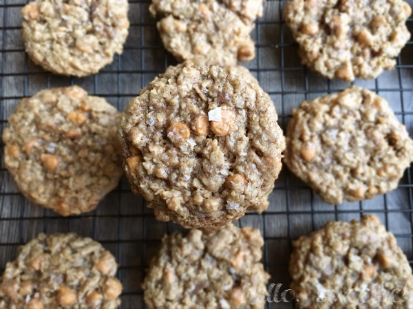 crispy, chewy, toffee & butterscotch oatmeal cookies