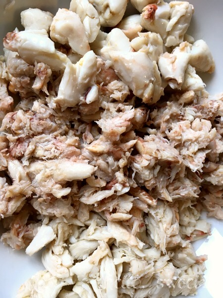 Lump crab, special and claw meat make a great combination for crab cakes.