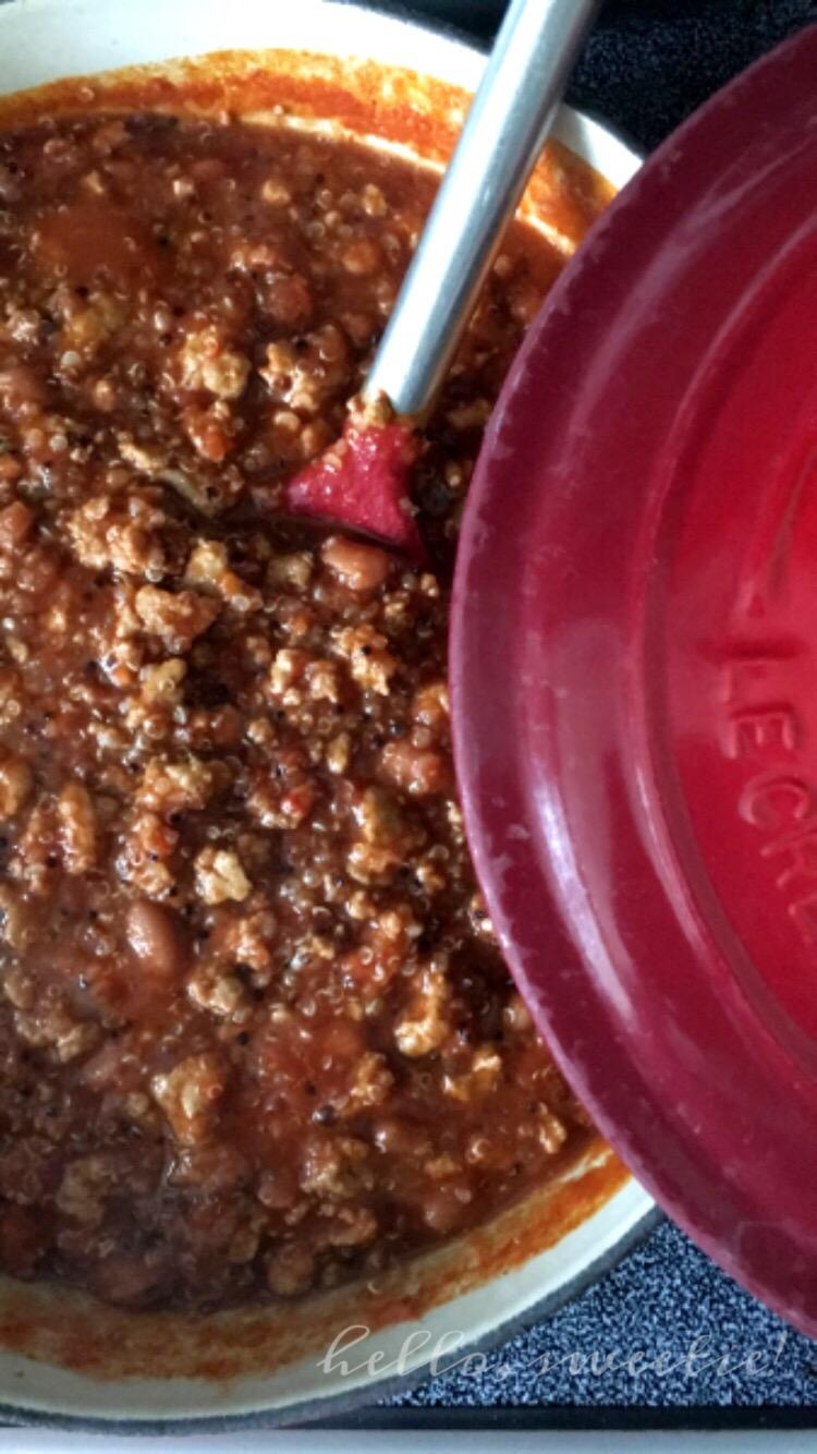 Turkey & Quinoa Chili | Hello, Sweetie!