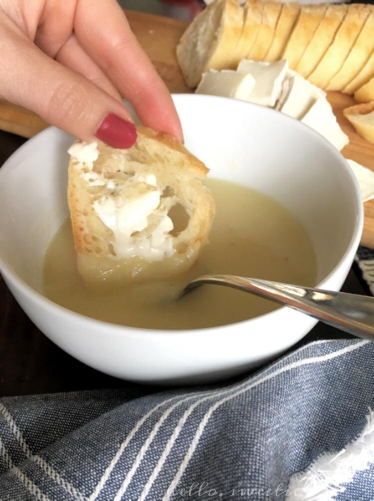 Vegan Cauliflower & Parsnip Soup | Hello, Sweetie!