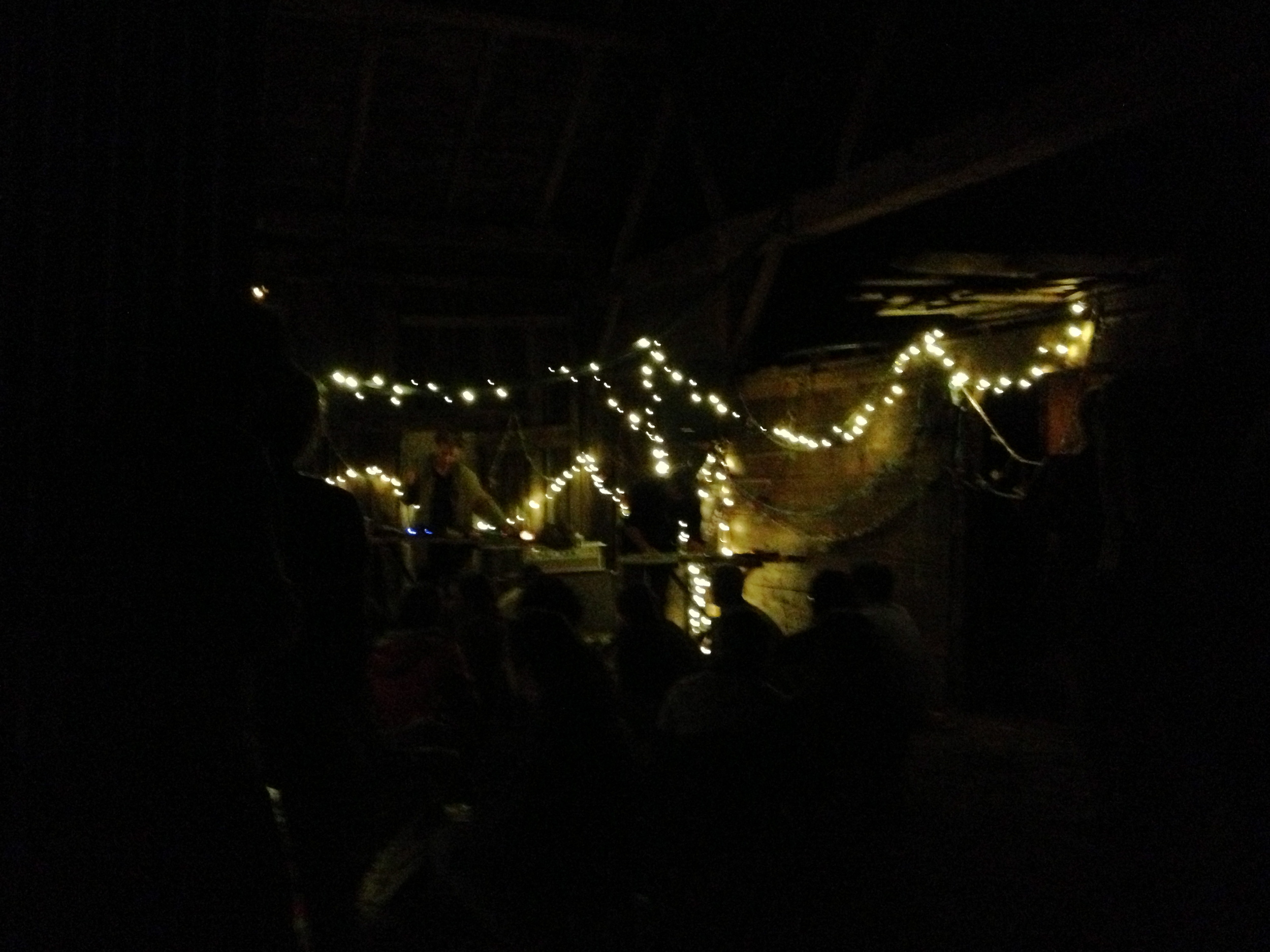 Although it was already pretty late, the shortest night of the year was just beginning! We caravanned back to Mace Chasm Farm where we set up our tents in a far field in the pitch black before coming back to the barn for some electronic music.